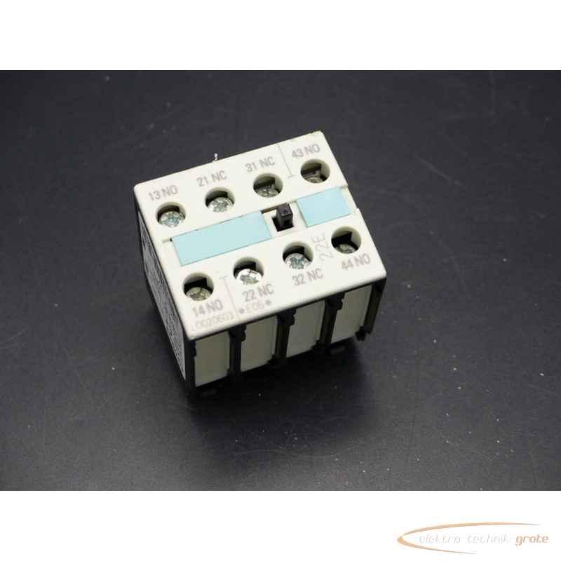 Вспомогательный контактный блок Siemens  3RH1921-1HA22E-Stand 05 фото на Industry-Pilot