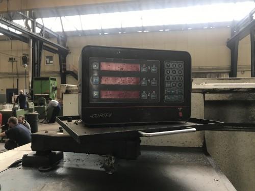 Токарный станок с ручным управлением LÖW W 722 112203 фото на Industry-Pilot