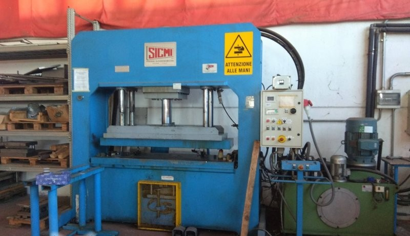 Hydraulic Press SICMI PST A photo on Industry-Pilot