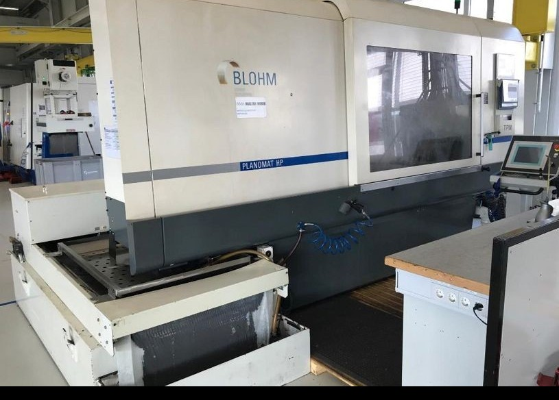 Surface Grinding Machine BLOHM Planomat 612 HP photo on Industry-Pilot