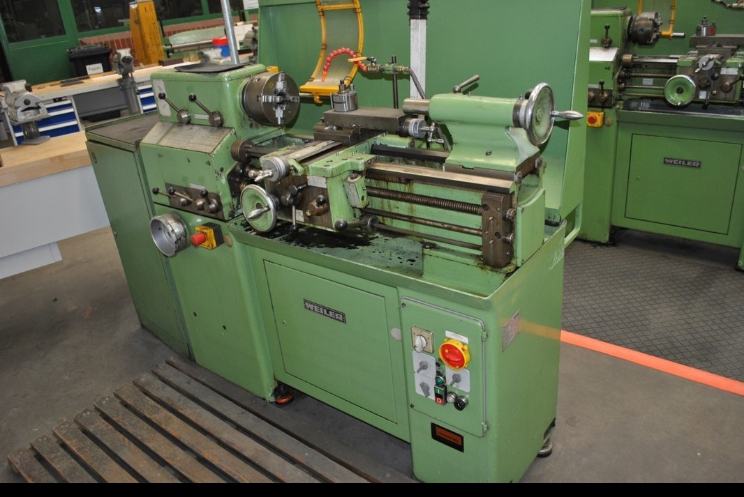 Screw-cutting lathe WEILER Praktikant 500 R photo on Industry-Pilot