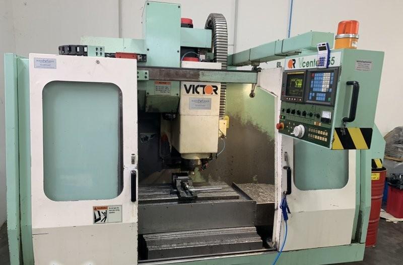 Обрабатывающий центр - вертикальный VICTOR TAICHUNG VCENTER 65 19U6797 фото на Industry-Pilot