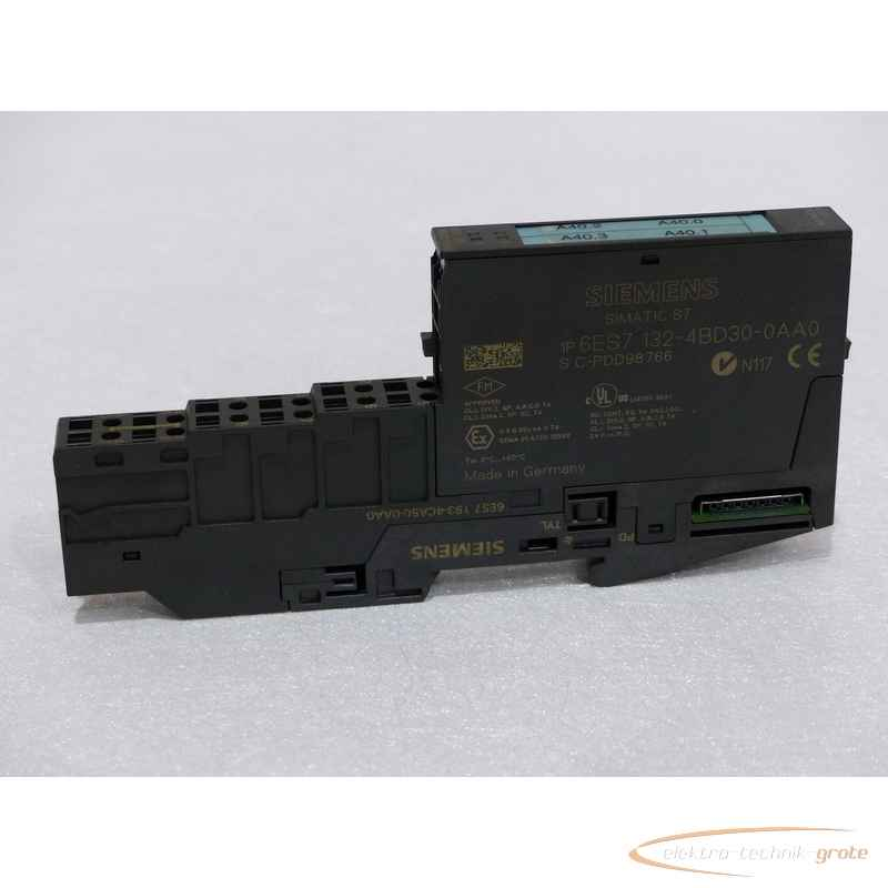 Siemens  6ES7132-4BD30-0AA06ES7193-4CA50-0AA0 Terminalmodul photo on Industry-Pilot