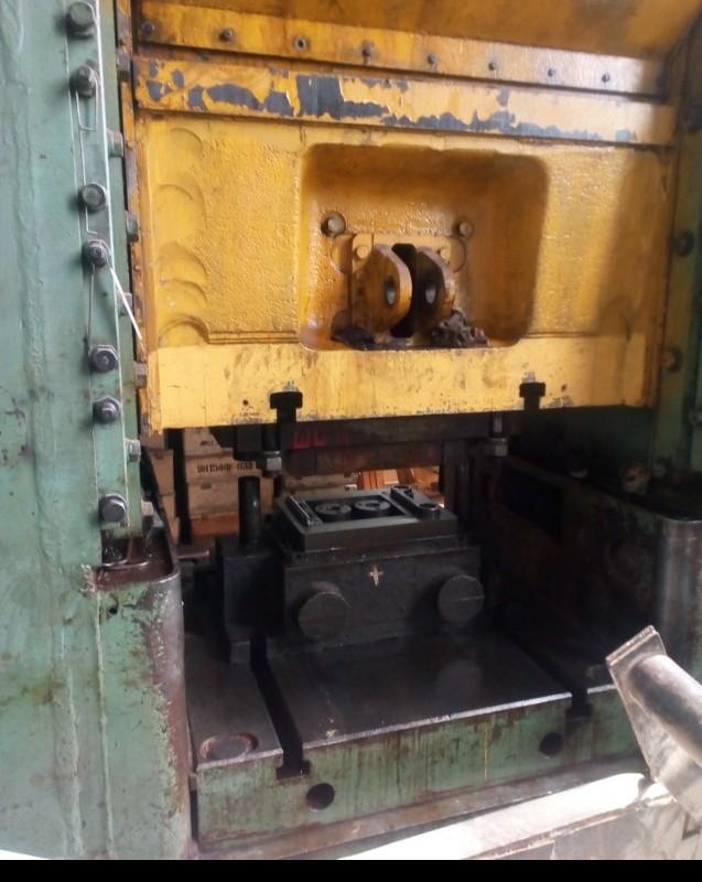 Кривошипно-коленный пресс - двухстоечный VORONEZH KB 8344 фото на Industry-Pilot
