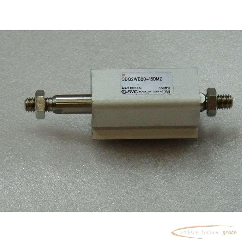 SMC CDQ2WB20-15DMZ Pneumatik Kurzhubzylinder max Druck 1 . 0 Mpa - ungebraucht - photo on Industry-Pilot
