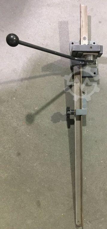 Книгопечатное оборудование GNU Perforationslinienschneider Gnu Perforationslinienschneider фото на Industry-Pilot