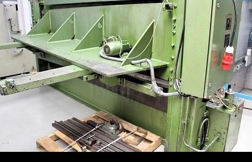 Hydraulic guillotine shear  EHT EHS 10-31 1987 photo on Industry-Pilot