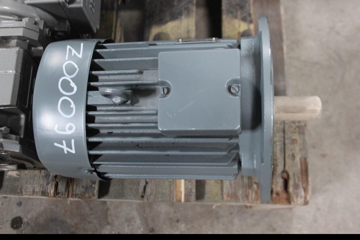 Мотор VEM 1,5 kW фото на Industry-Pilot