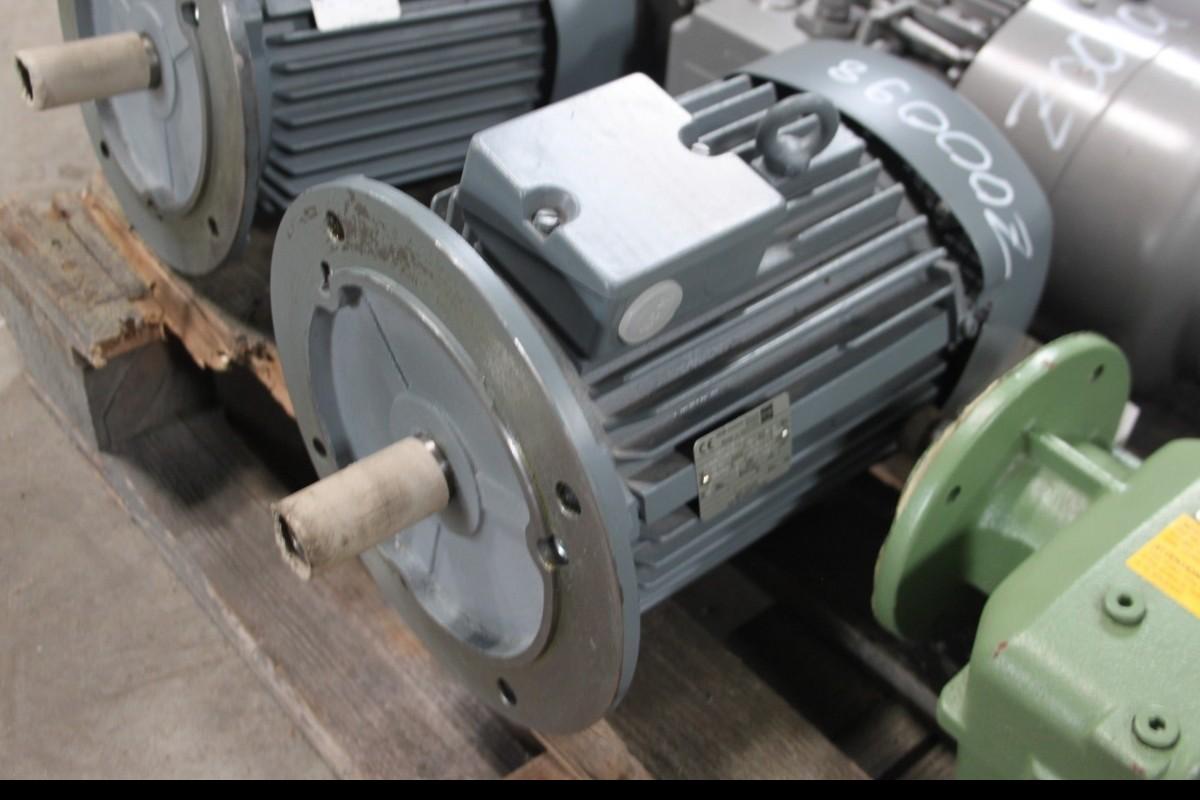 Мотор VEM  фото на Industry-Pilot