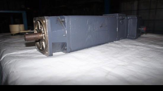 Мотор SIEMENS 1HU3058-OAF01-Z фото на Industry-Pilot