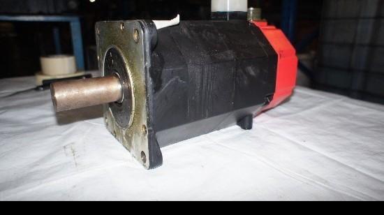 Мотор GE FANUC A06B-0317-B032#7000 фото на Industry-Pilot
