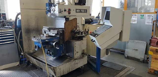 Bed Type Milling Machine - Universal MAHO MH 700 C 39943 photo on Industry-Pilot