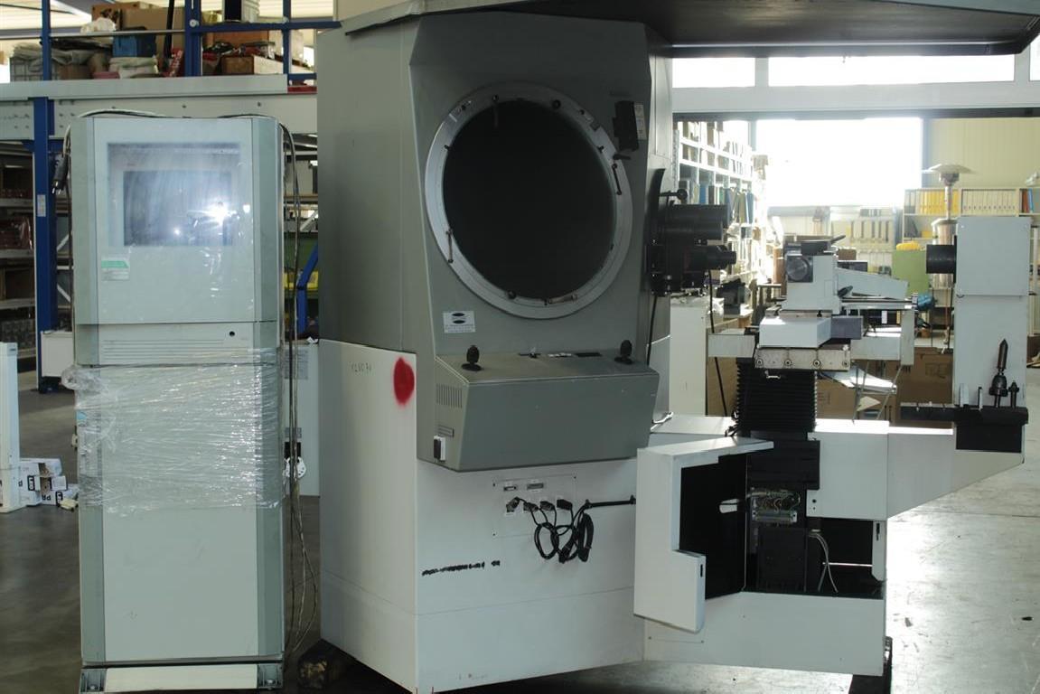 Profile projector DR.HEINRICH SCHNEIDER ST 600 photo on Industry-Pilot