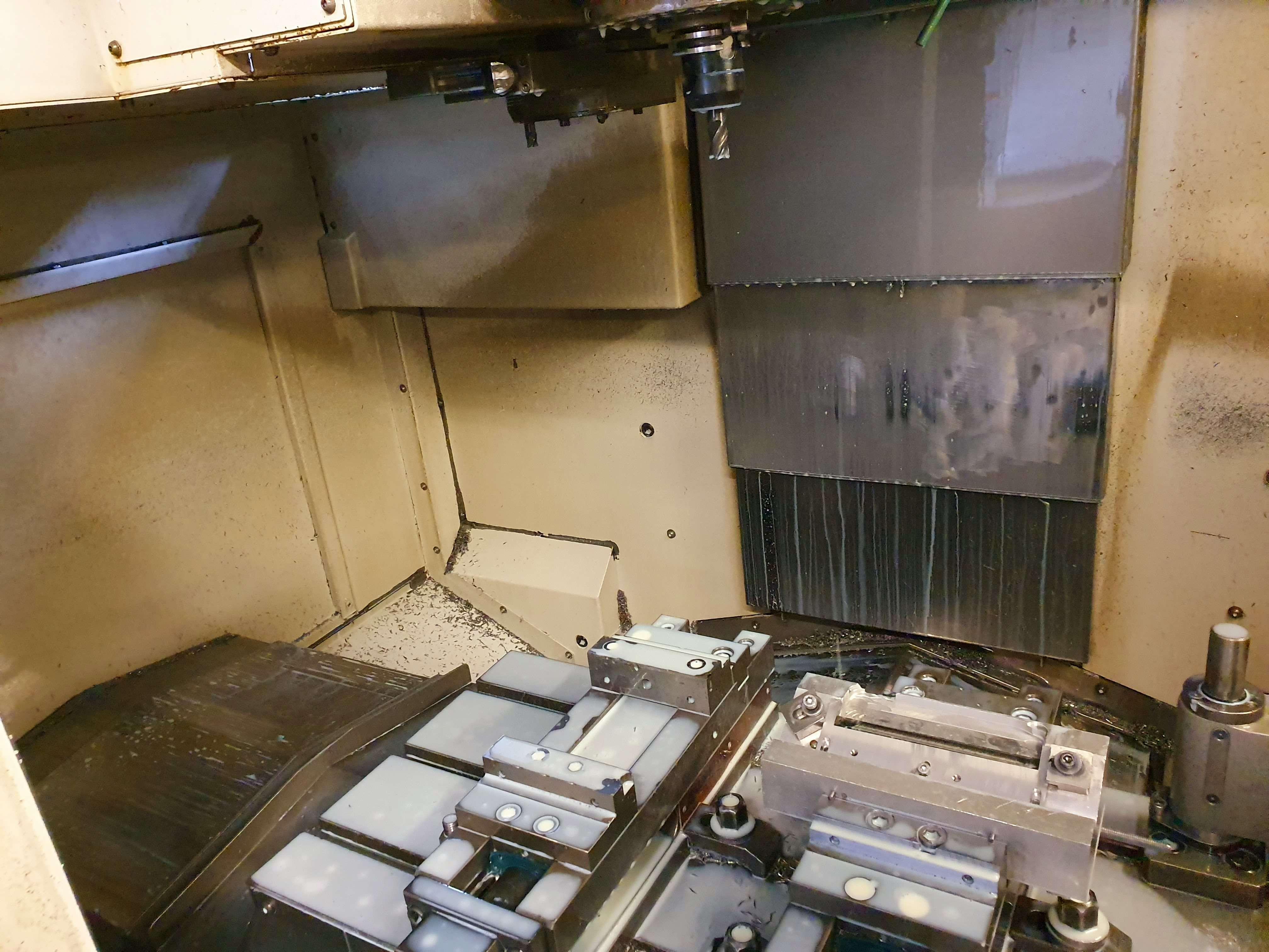 Обрабатывающий центр - вертикальный Vertikal-Bearbeitungszentrum Mazak VCN 410 A фото на Industry-Pilot
