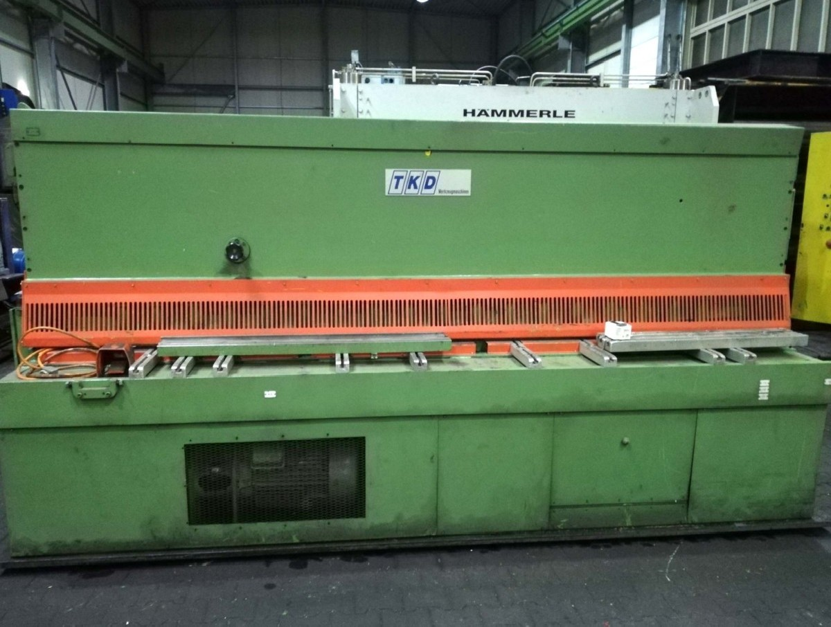 Hydraulic guillotine shear  WIEGER Alpha 10/30 photo on Industry-Pilot