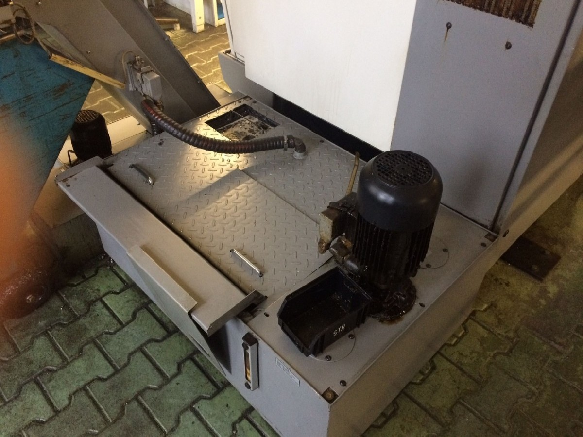CNC Turning Machine - Inclined Bed Type TRAUB TNA 300-65Y 2008 photo on Industry-Pilot