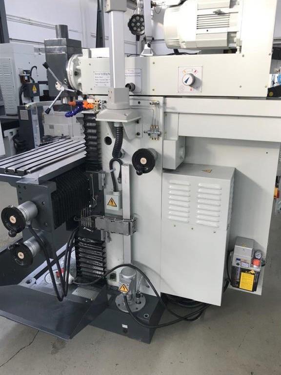 Toolroom Milling Machine - Universal KRAFT WF 400 photo on Industry-Pilot