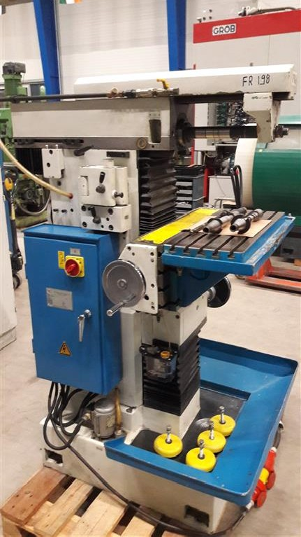 Toolroom Milling Machine - Universal Knuth WF1 photo on Industry-Pilot
