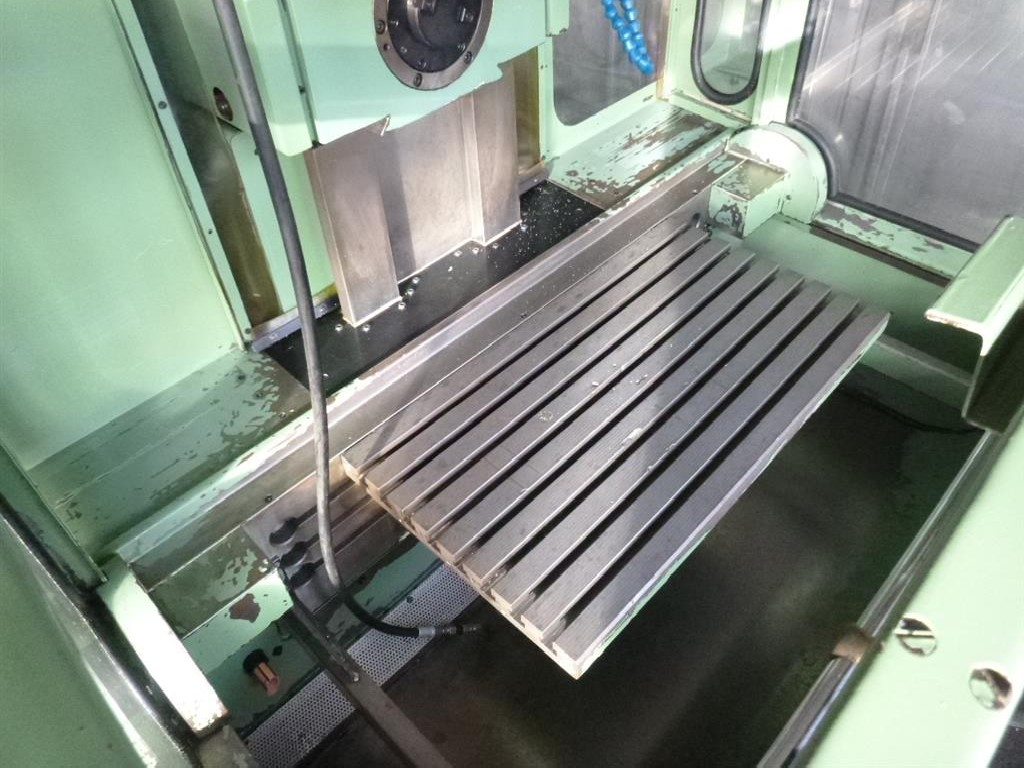 Toolroom Milling Machine - Universal AUERBACH FUW 400  photo on Industry-Pilot