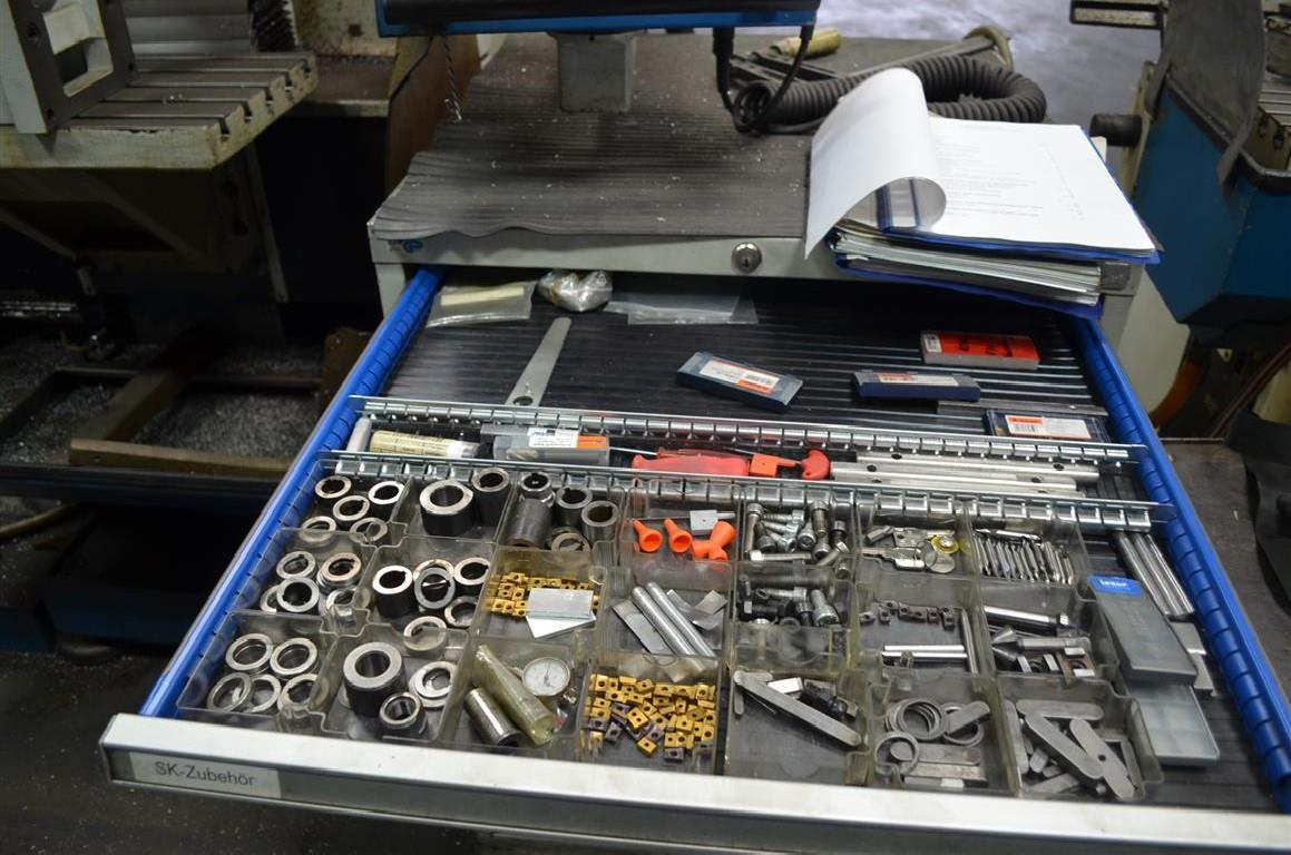 Milling Machine - Universal MACMON M 434 NC photo on Industry-Pilot