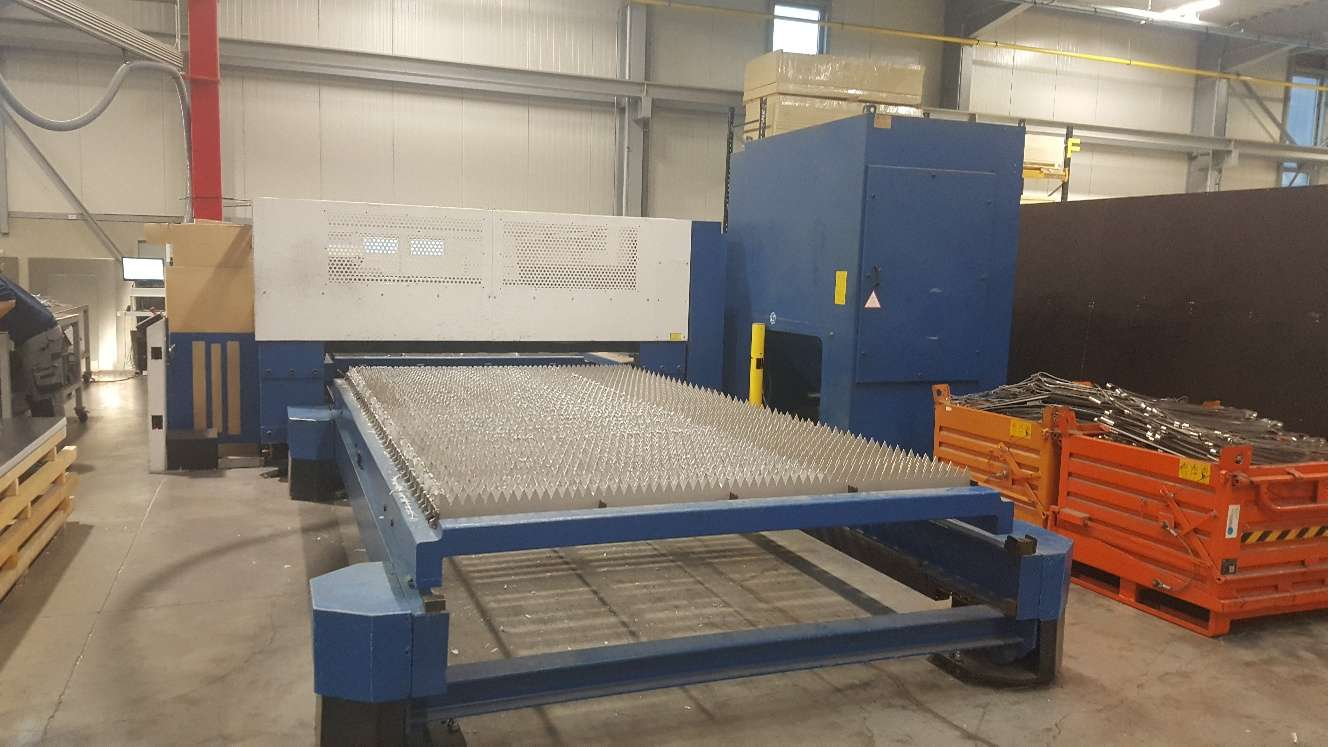 Laser Cutting Machine TRUMPF Trumatic L 4030 photo on Industry-Pilot