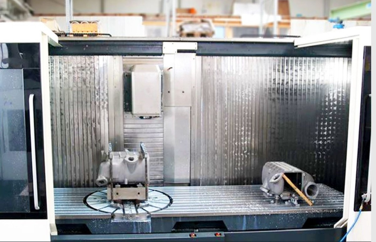 Travelling column milling machine DMG-DECKEL-MAHO DMF 360 /11 FD photo on Industry-Pilot