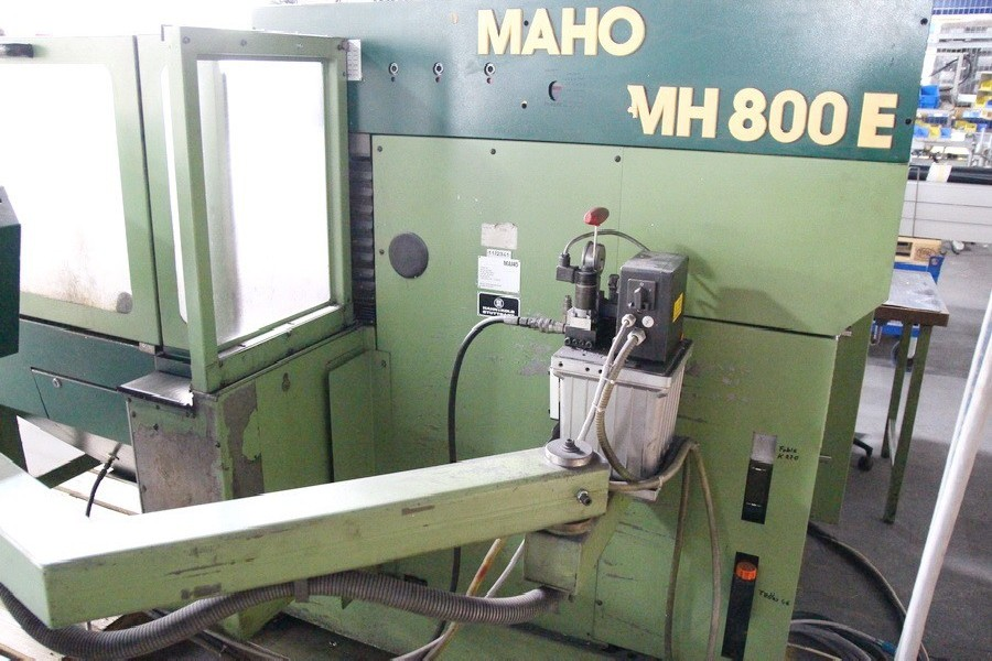 Universal Milling and Drilling Machine MAHO MH 800 E photo on Industry-Pilot