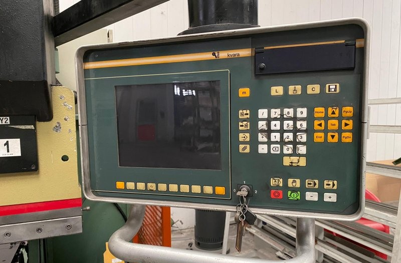 Press Brake hydraulic CBC HS 130/31 photo on Industry-Pilot