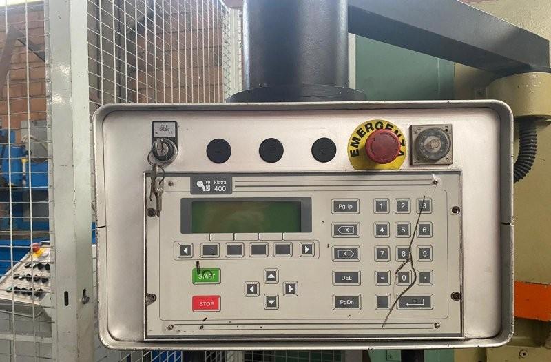 Hydraulic guillotine shear  CBC ID2 - CN photo on Industry-Pilot