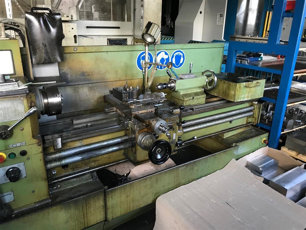 Screw-cutting lathe STANKO SAMAT 400 L photo on Industry-Pilot