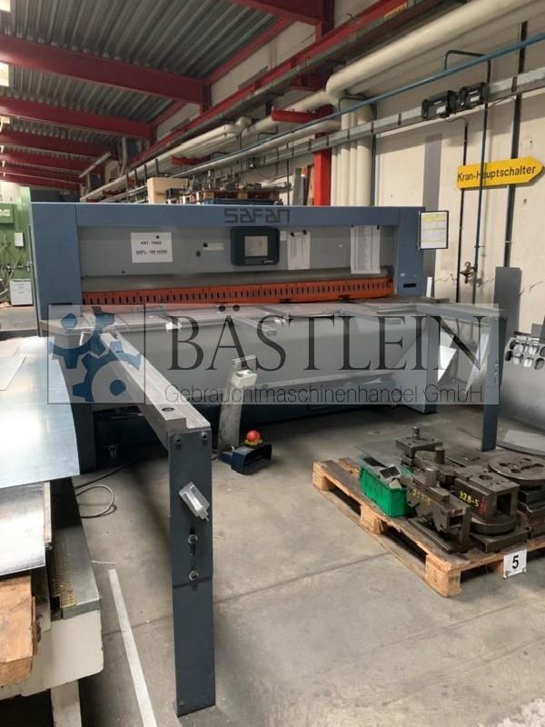 Hydraulic guillotine shear  SAFAN ET 255-4 TS photo on Industry-Pilot