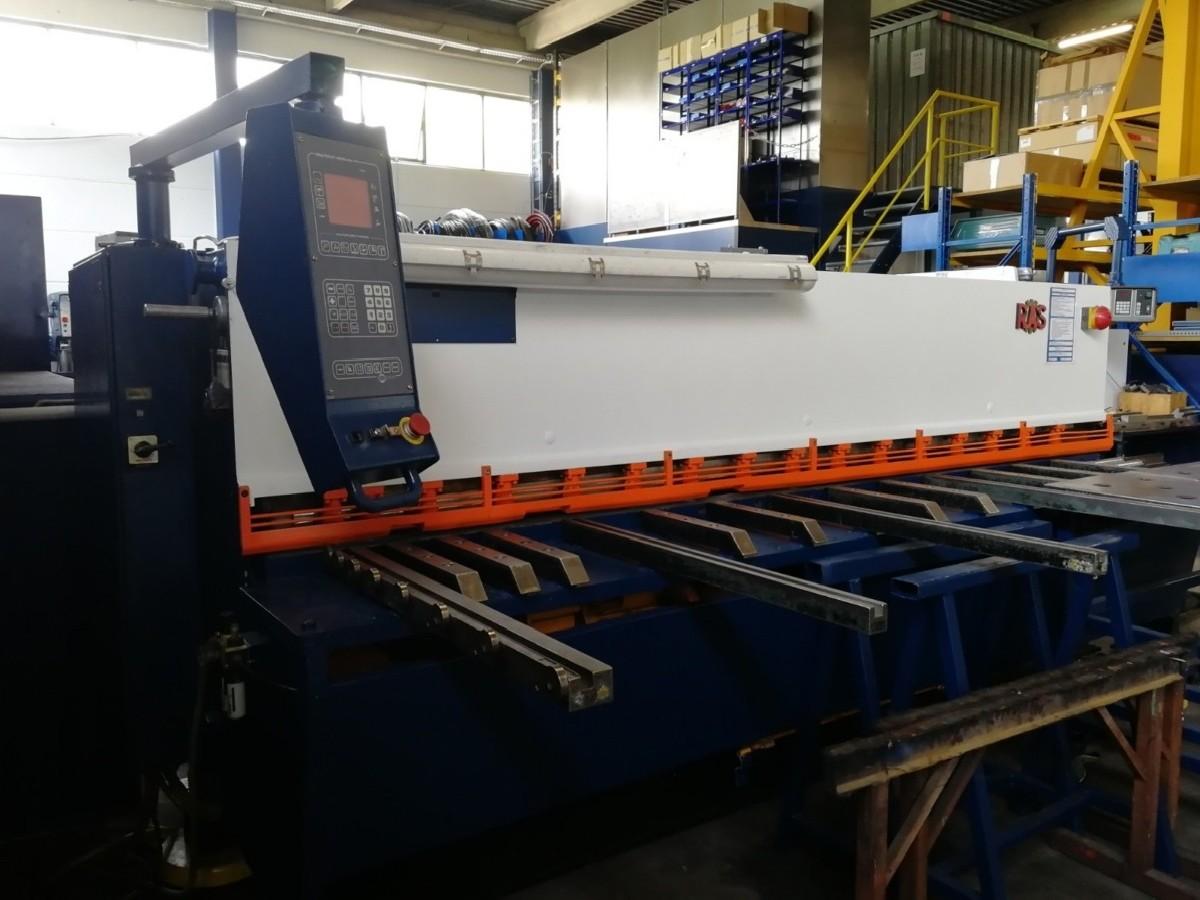 Hydraulic guillotine shear  RAS 85.30 photo on Industry-Pilot