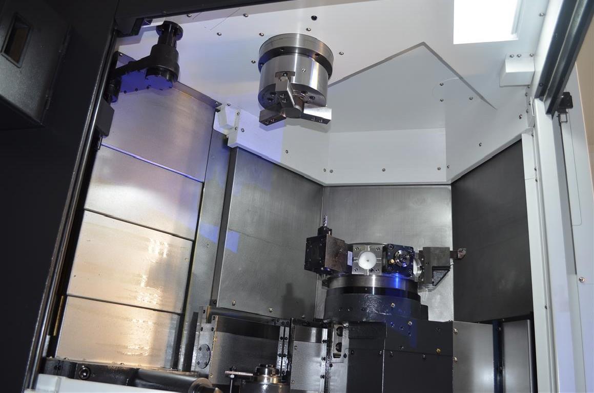 Токарно фрезерный станок с ЧПУ HYUNDAI WIA HD2200Y фото на Industry-Pilot
