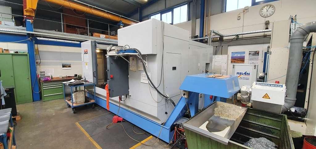 Обрабатывающий центр - вертикальный Mazak VTC 200 C фото на Industry-Pilot