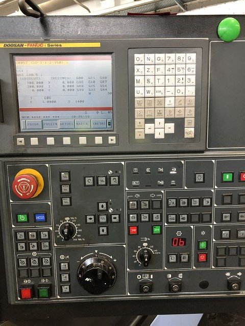 CNC Turning Machine DOOSAN PUMA 280 LM  photo on Industry-Pilot