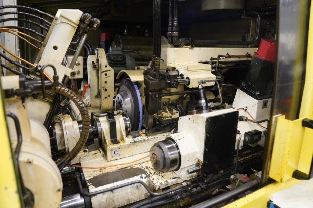 Thread-grinding machine JUNKER TAPOMAT 325 photo on Industry-Pilot