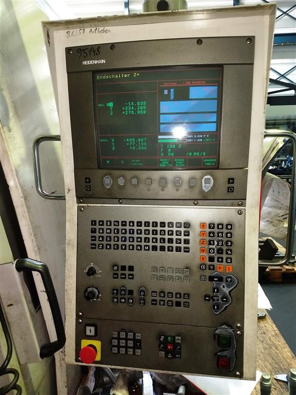 Machining Center - Vertical DAEWOO MYNX-500 photo on Industry-Pilot