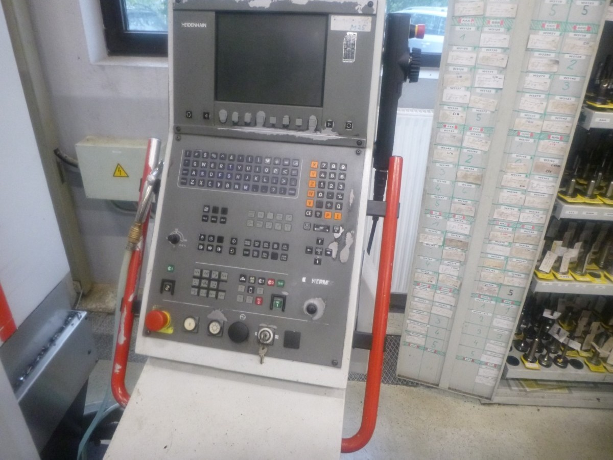Обрабатывающий центр - универсальный HERMLE C 1200 U фото на Industry-Pilot