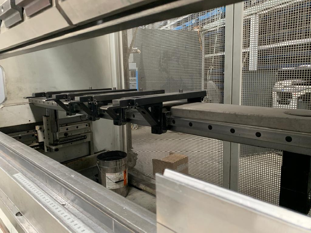 Листогибочный пресс - гидравлический EHT MultiPress 135-30 фото на Industry-Pilot