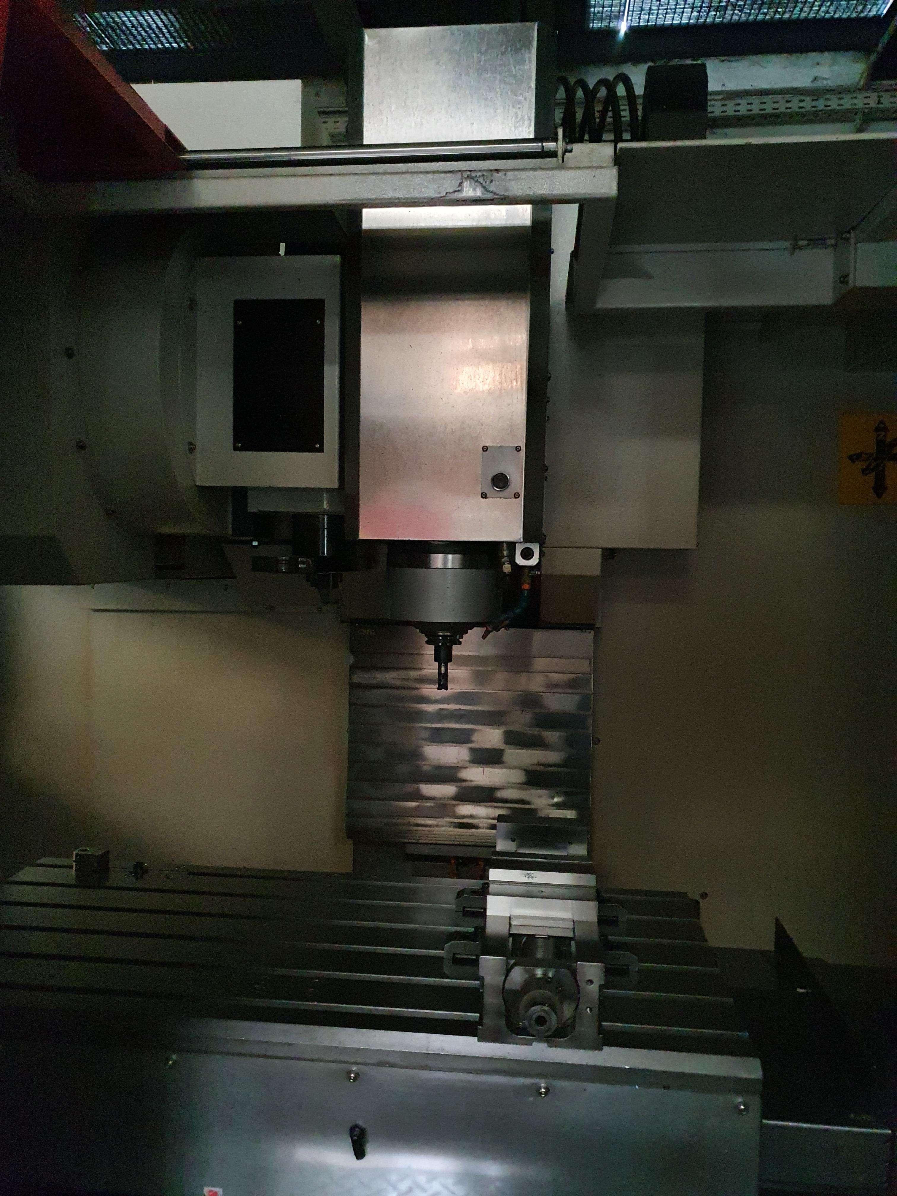 Обрабатывающий центр - вертикальный POSmill E1100 2011  фото на Industry-Pilot