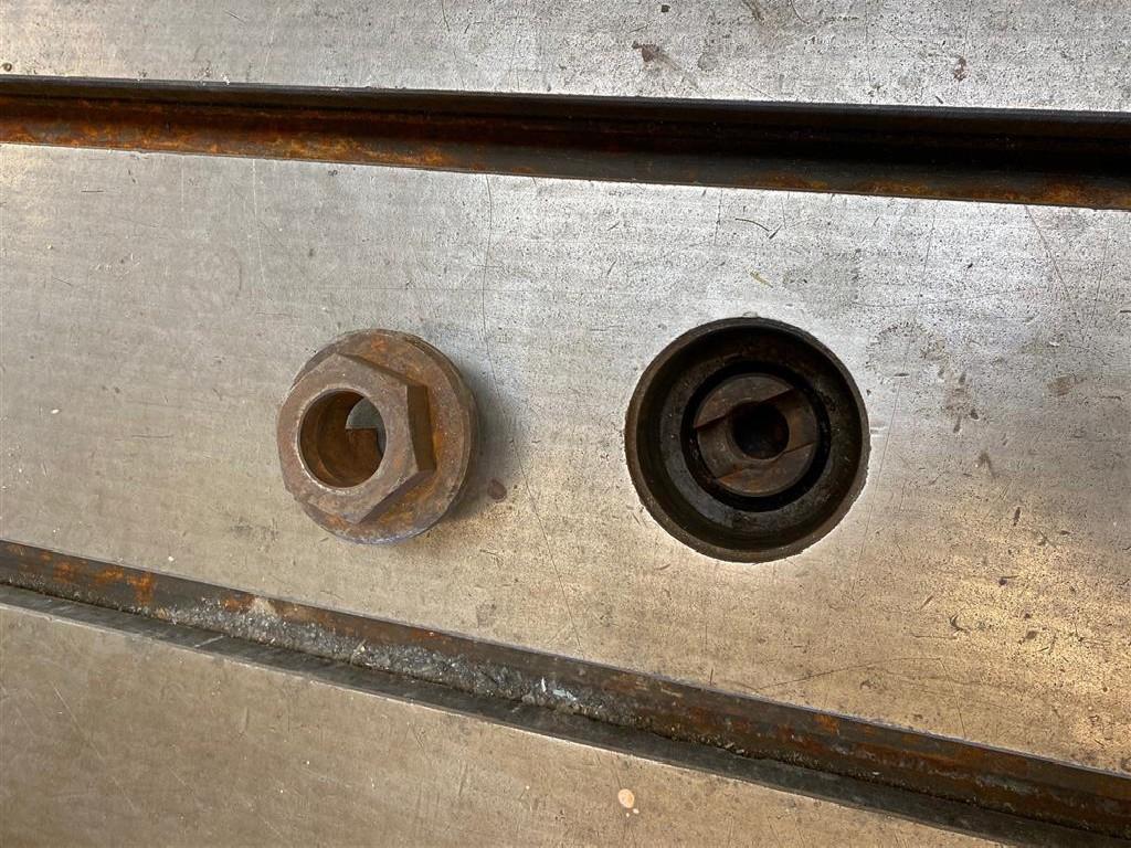 Крепёжная плита WMW SP 4750x1850x200 фото на Industry-Pilot