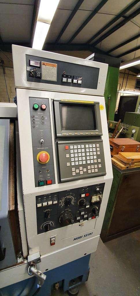 Токарный станок с наклонной станиной с ЧПУ Mori Seiki  CL-20B фото на Industry-Pilot