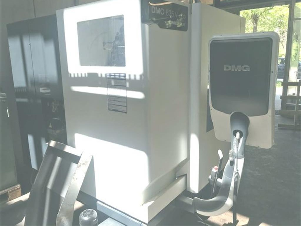Обрабатывающий центр - вертикальный DECKEL DMC 635 V eco фото на Industry-Pilot