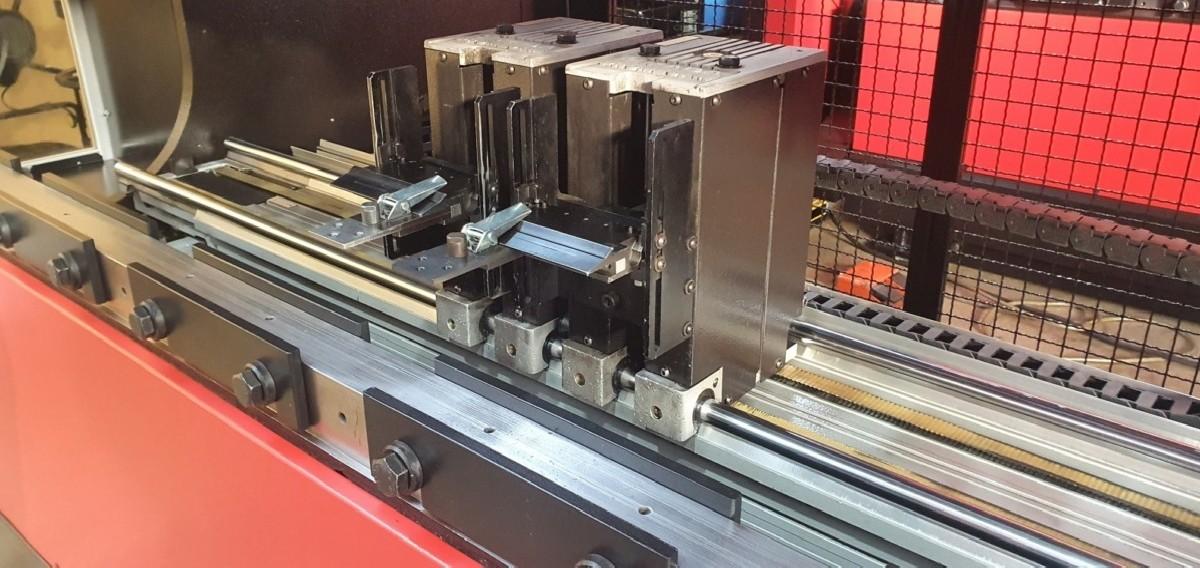 Листогибочный пресс - гидравлический AMADA HFB 80-25 фото на Industry-Pilot