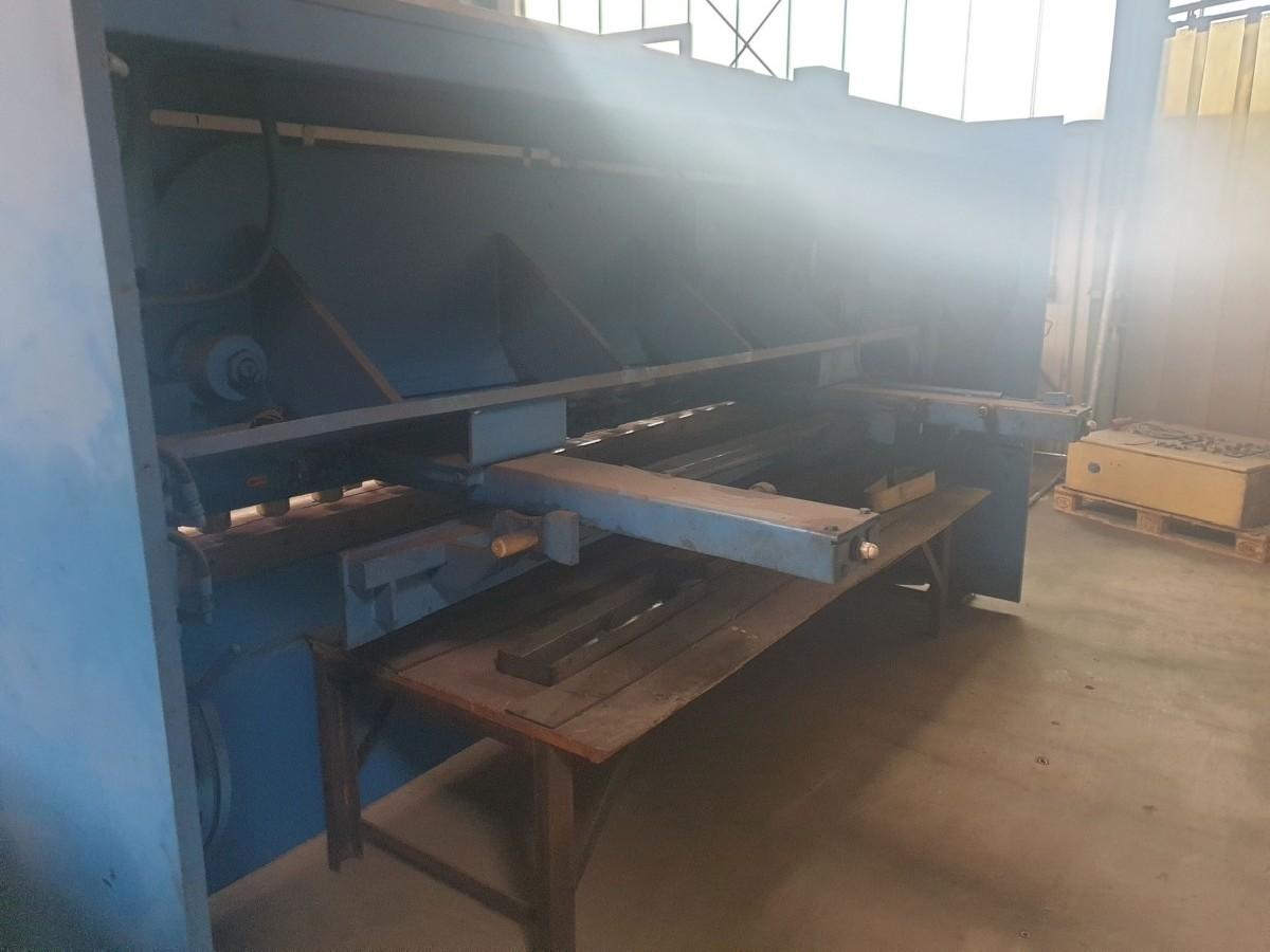 Hydraulic guillotine shear  ATLANTIC XTSL 3013 photo on Industry-Pilot