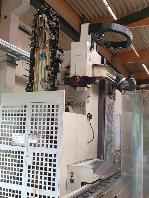 Обрабатывающий центр - универсальный LAGUN GBM CM6  фото на Industry-Pilot