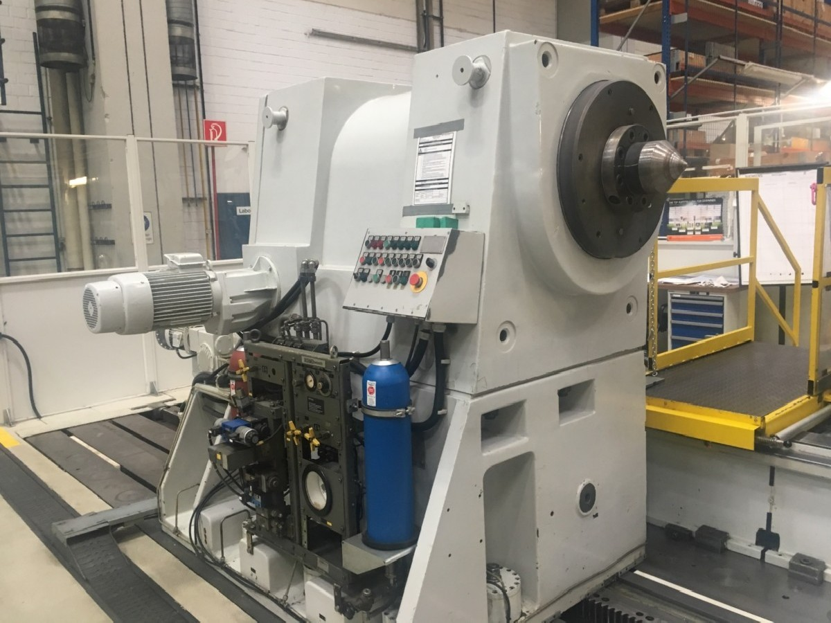 Тяжёлый токарный станок ZERBST DxP x 15000 фото на Industry-Pilot