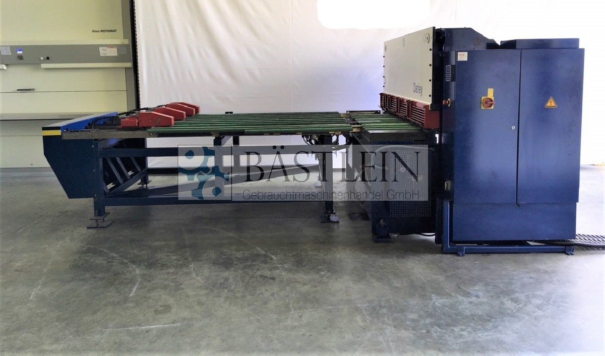 Hydraulic guillotine shear  DARLEY VS 2104 photo on Industry-Pilot