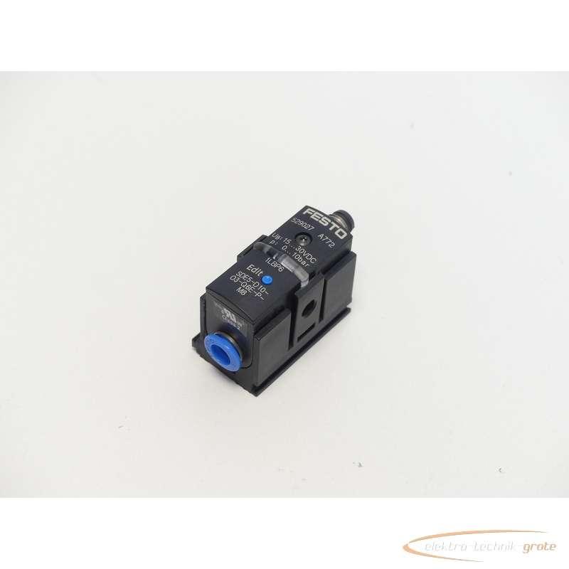 Pressure sensor Festo  SDE5-D10-O3-Q6E-P-M8529027 photo on Industry-Pilot