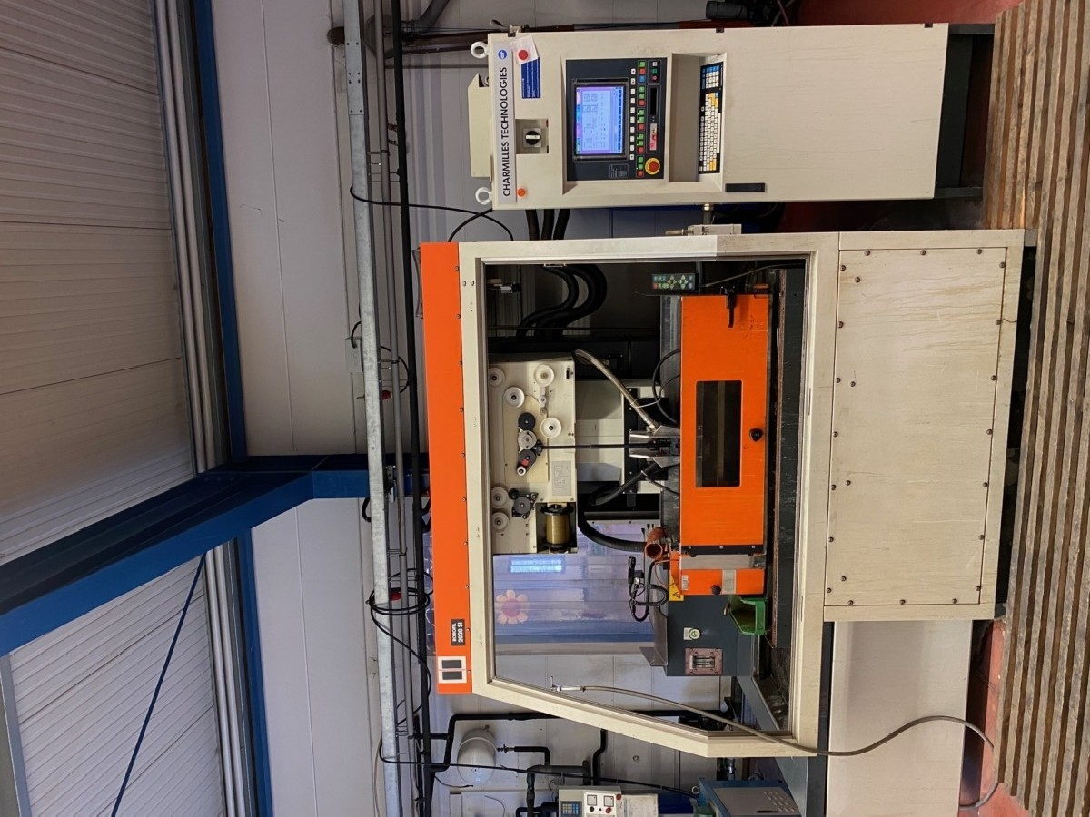 Wire-cutting machine CHARMILLES TECHNOLOGIES Robofil 2020Si photo on Industry-Pilot
